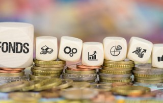 Fonds / Münzenstapel mit Symbole